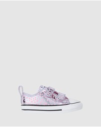 Converse - Chuck Taylor Shes A Star 2V Infant
