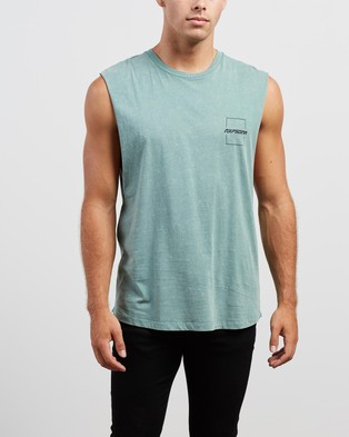Nena & Pasadena Accelerate Scoop Back Muscle - T-Shirts & Singlets (Acid Teal)