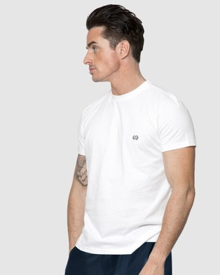 Coast Clothing Crew Neck Essential Tee - T-Shirts & Singlets (White)
