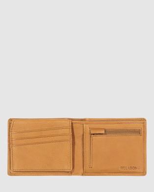 Billabong Helmsman RFID Flip Wallet - Wallets (TAN GRAIN)