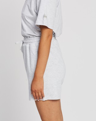 Stussy - Text Low Waisted Shorts - Shorts (Snow Marle) Text Low Waisted Shorts