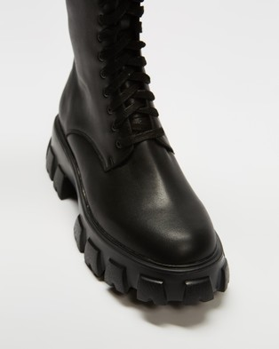 AERE Chunky Cleated Sole Leather Lace Up Boots - Boots (Black Leather)