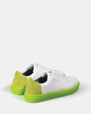VoR??utte - Lyon Low Top Sneakers - Sneakers (White Neon Green)