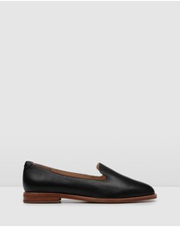 Jo Mercer - Warrior Casual Flats