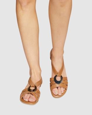 Easy Steps Corina - Sandals (COGNAC)