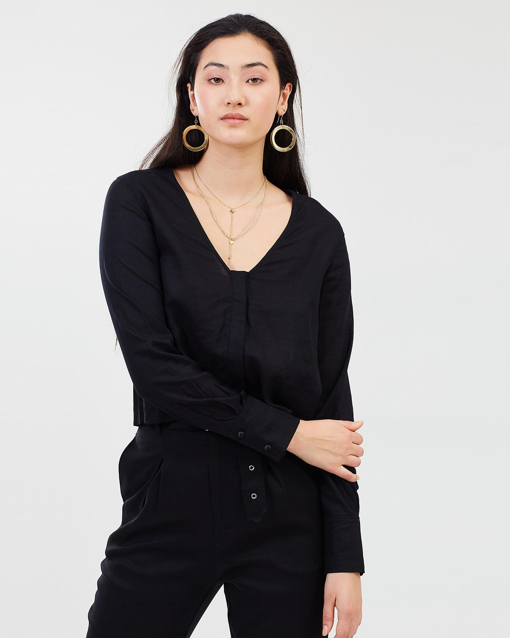 Third Form Concealed V Neck Shirt Tops Black Concealed V-Neck Shirt