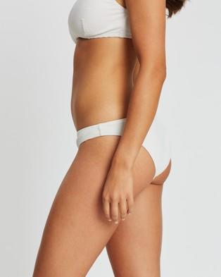Tigerlily Jacinta Tiger Bottoms - Bikini Bottoms (White)
