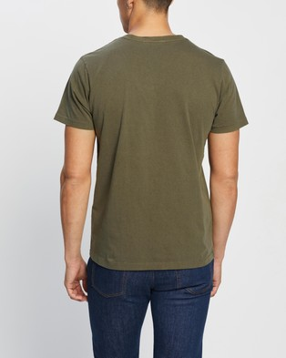 Nudie Jeans - Roy Pocket Tee - T-Shirts & Singlets (Army) Roy Pocket Tee