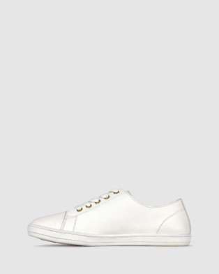 Airflex Georgie Leather Lifestyle Sneakers - Lifestyle Sneakers (White)