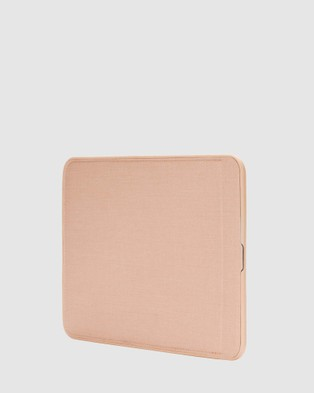 Incase ICON Sleeve With Woolenex For MacBook Pro 13