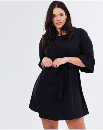 Atmos&Here Curvy - Fran Frilled Sleeve Shift Dress