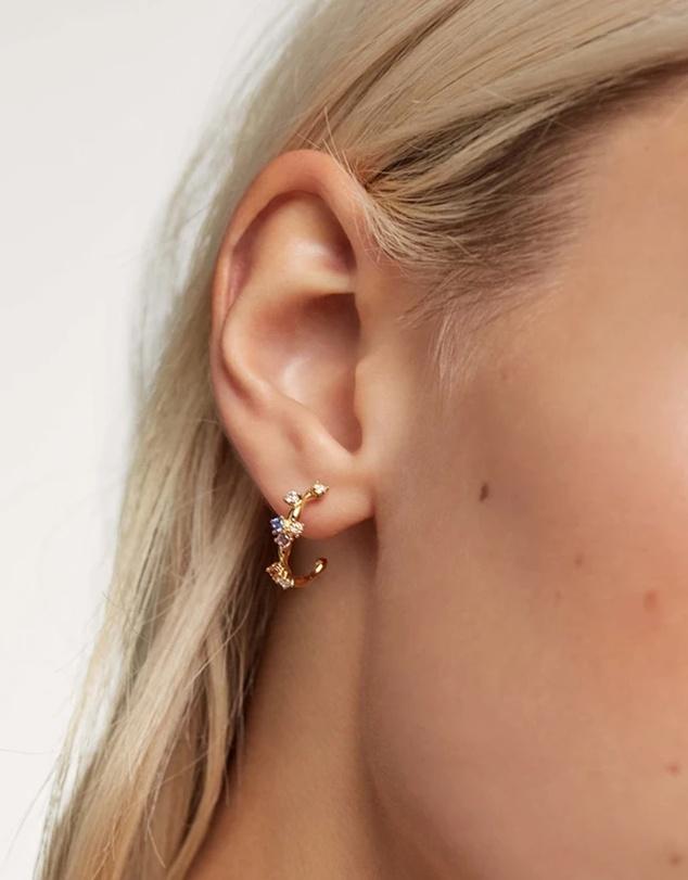 Women Five Gold Earrings
