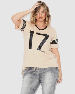 17 Sundays Retro Sports Tee - Short Sleeve T-Shirts (Natural)