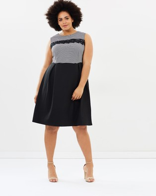 DP Curve – Striped Fit and Flare Black