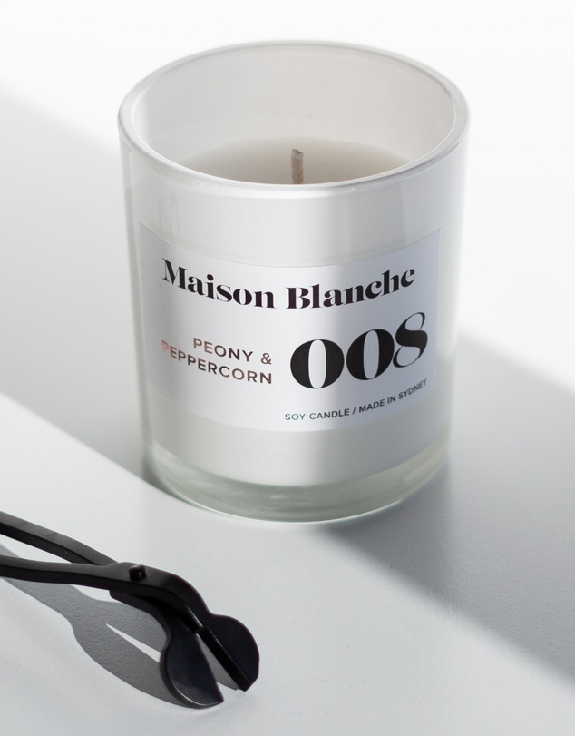Life 008 Peony & Peppercorn - Large Candle