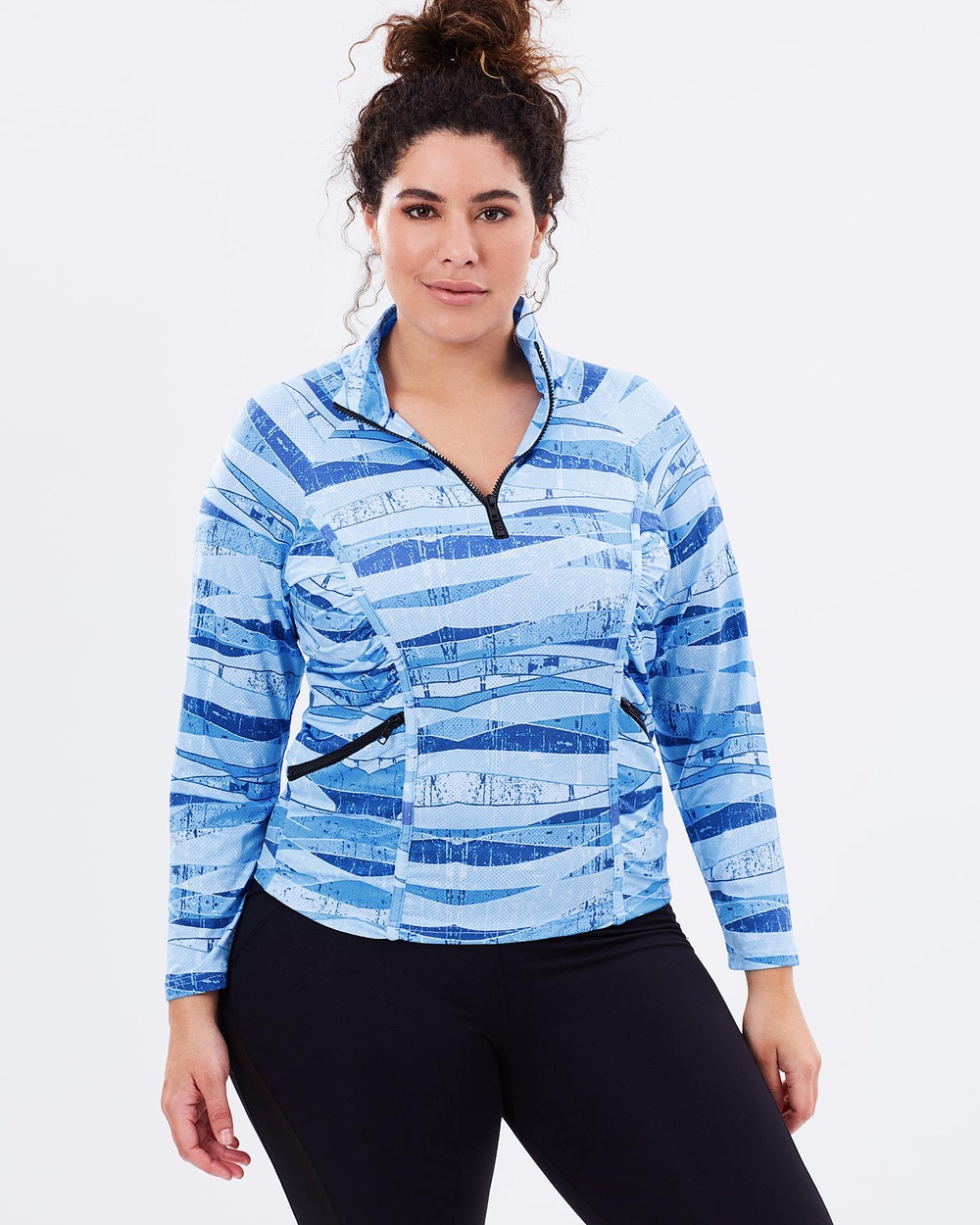 Curvy Chic Sports - Stay Cool Long Sleeve Top - Long Sleeve T-Shirts (Blue Print) Stay Cool Long Sleeve Top