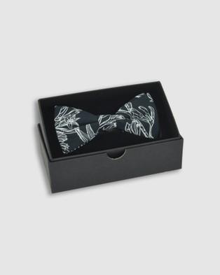 Peggy and Finn Kangaroo Paw Bow Tie - Ties & Cufflinks (Black)