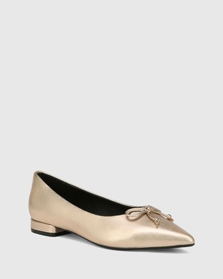 Wittner Marcek Leather Pointed Toe Flats - Flats (Metallic)