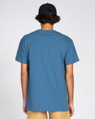 Rusty - Short Cut Short Sleeve Tee - T-Shirts & Singlets (CBE) Short Cut Short Sleeve Tee