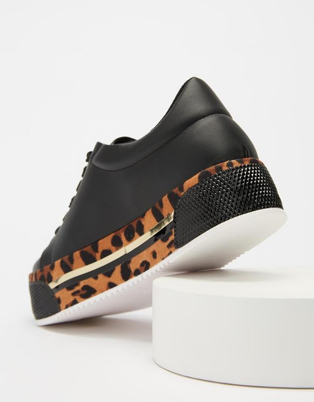 Women Lilian Sneakers