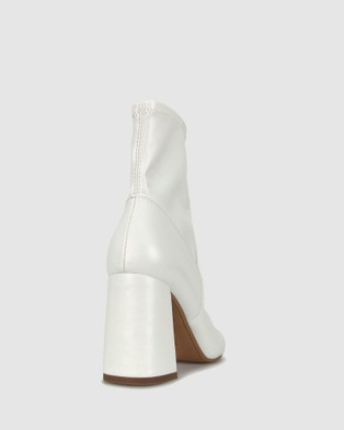 Betts Surreal Sock Boots Heels White
