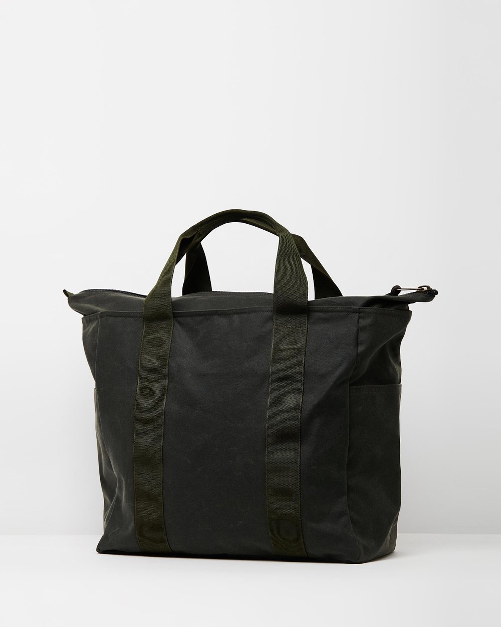 e1e2204324 Grab  N  Go Tote - Large by Filson Online