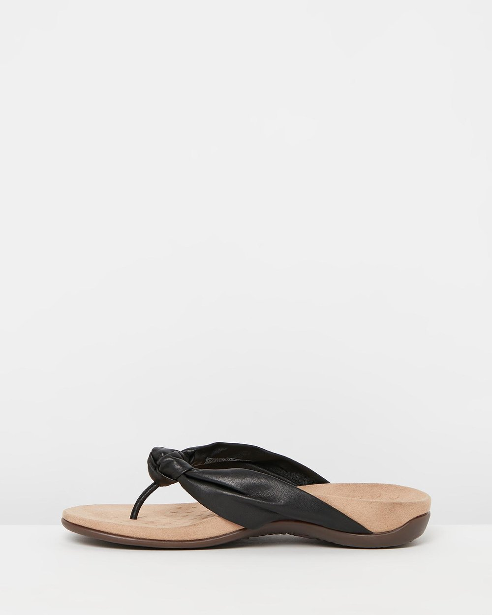 d7e241f5fd68 Pippa Toe Post Sandals by Vionic Online