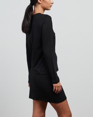 Elka Collective - Linen LS Tee 2.0 T-Shirts & Singlets (Black)