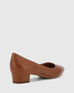 Wittner Armin Leather Pointed Toe Low Block Heels - All Pumps (Tan)