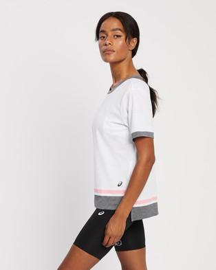 ASICS - Colour Block SS Top Short Sleeve T-Shirts (Brilliant White & Peach Petal) Colour-Block