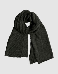 Roxy - Chase Adventure Knitted Scarf
