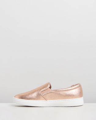 Vionic Avery Pro Slip On Sneakers - Lifestyle Sneakers (Rose Gold)