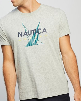 NAUTICA Sailing Flags Tee - T-Shirts & Singlets (Grey Heather)