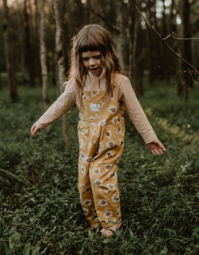 Kids THE ICONIC EXCLUSIVE - Ace Vintage Wash Daisies Denim Overalls - Babies-Kids