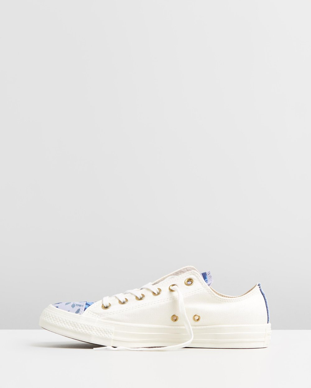 69605552f2c3f4 Chuck Taylor All Star Parkway Floral Ox by Converse Online