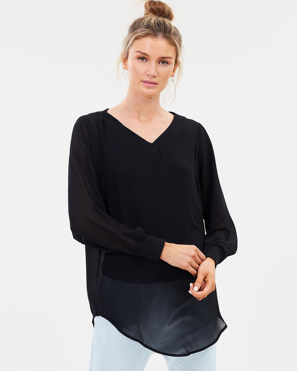 Lincoln St The Sheer 2 Way Pullover Tops Black The Sheer 2-Way Pullover