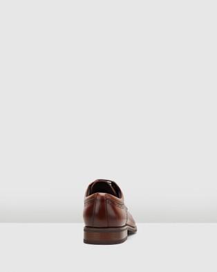 Hush Puppies William - Dress Shoes (Tan Burnish)