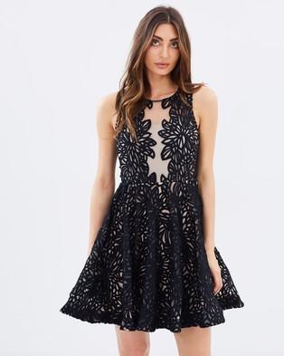 Grace & Hart – Fortress Fit n Flare Dress Black