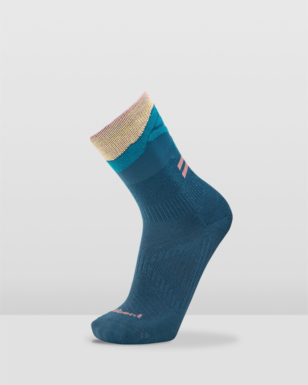 Le Bent Lucy Trail Ultra Light 3 4 Crew Socks Blue 3-4