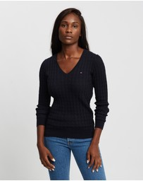 Tommy Hilfiger - Classic Cable Knit V-Neck Sweater