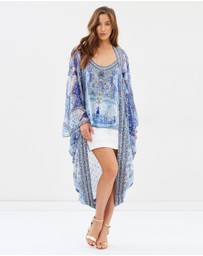 Camilla - Long Sleeve Short Cape