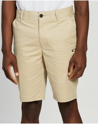 Oakley - Icon Chino Golf Shorts