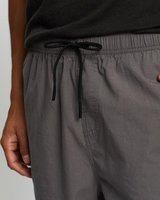 Rusty Atoll Elastic Shorts - Shorts (Gunmetal)
