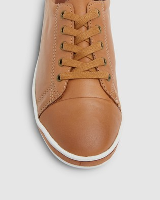 Easy Steps Waffle - Lifestyle Sneakers (TAN)