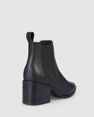 Siren Poker - Boots (Black)