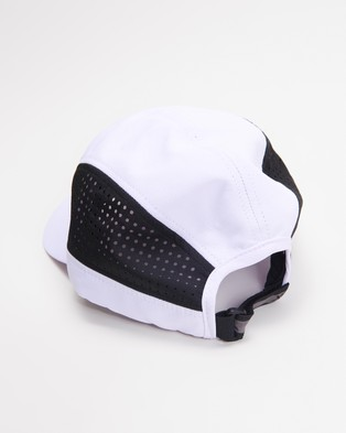 2XU - Light Speed Cap - Headwear (White & Black) Light Speed Cap