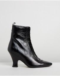 Marc Jacobs - The Victorian Boots
