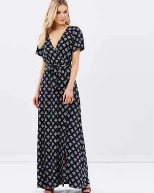 Atmos & Here – Doutzen Mock Wrap Dress – Dresses (Black Base Moroccan Tile Print)