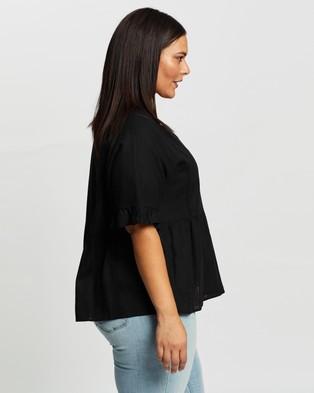 Atmos&Here Curvy Fiona Flutter Sleeve Linen Blouse - Tops (Black)