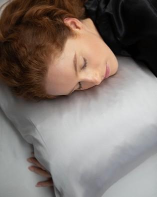 Shhh Silk Silk Pillowcase   Queen Size - Sleep (Grey)